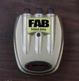 Pedal Danelectro D8 Fab 600ms Delay Novo!