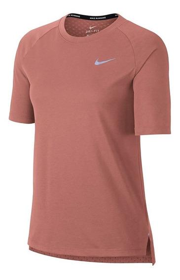 Remera Nike Tailwind Mujer
