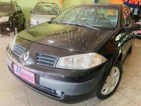 Renault Megane Sedan Dynamique 1.6 16v(hi-flex) 4p 200