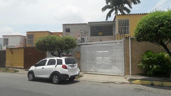 Casa En Venta Nueva Segovia Barquisimeto Lara 19-16092