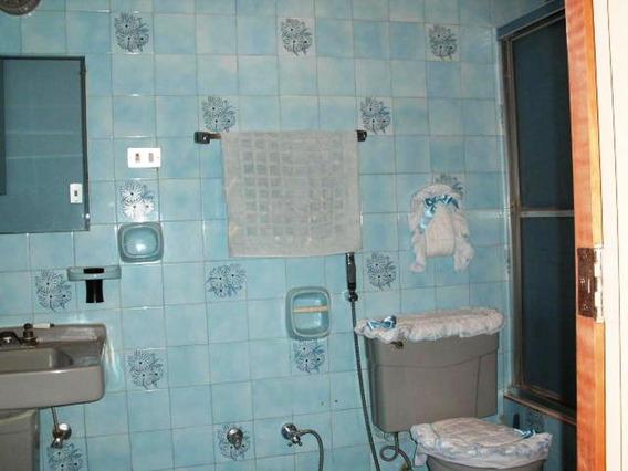 Apartamento En Los Palos Grandes #20-4444