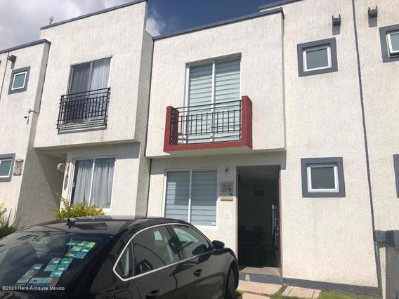 Casa En Renta En San Isidro Juriquilla, Queretaro, Rah-mx-20-3575