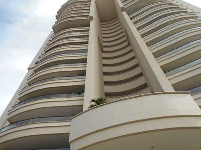 Apartamento En Venta Los Balsos 786-6534
