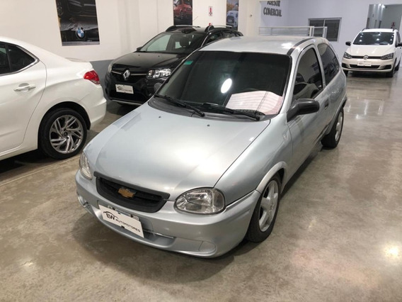 Chevrolet Corsa City Gris Permuto - Financio Hasta El 100%