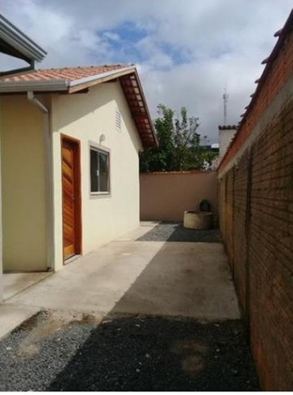Casa Com 2 Quartos Para Comprar No Jardim Kennedy Ii Em Poços De Caldas/mg - 2803