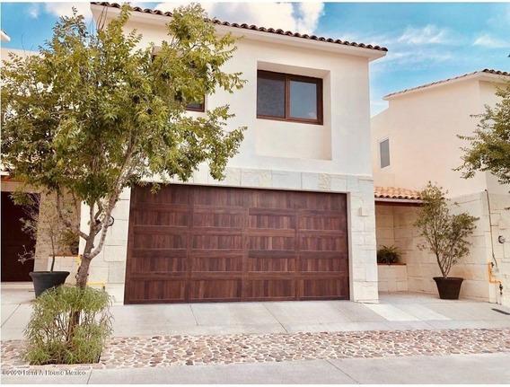 Casa En Venta En El Refugio, Queretaro, Rah-mx-20-3389