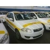 Taxi Siena Dueño Vende En Muy Buen Estado