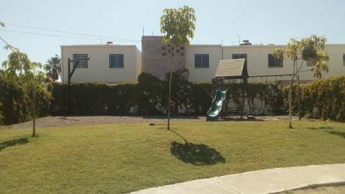 Casa Nueva En Privada Con Amplio Patio Y Cochera