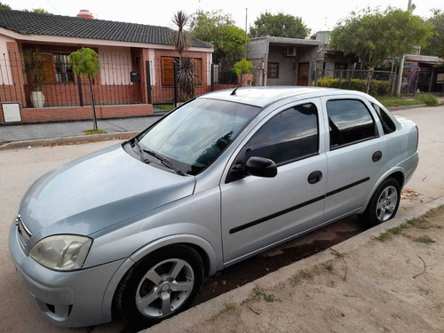 Chevrolet Corsa 1.8 Gl Aa+da 2011