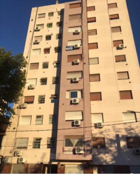 Departamento En Alquiler Ubicado En Lanús Este, Zona Sur
