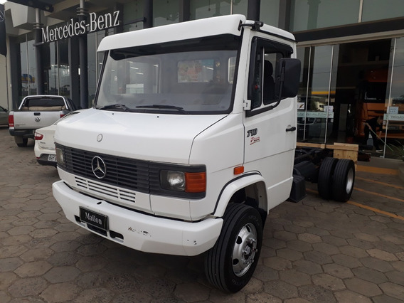 Mb 710 4x2 2009 Chassi 20.000,00 Entrada Restante