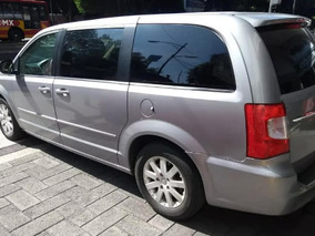 Chrysler Town & Country 3.6 Limited Mt