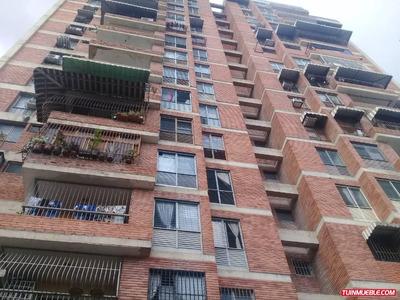 Apartamentos En Venta 04241765993urb Catalan,av Constitucion