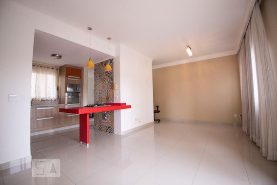 Apartamento No 2º Andar Mobiliado Com 3 Dormitórios E 2 Garagens - Id: 892985761 - 285761