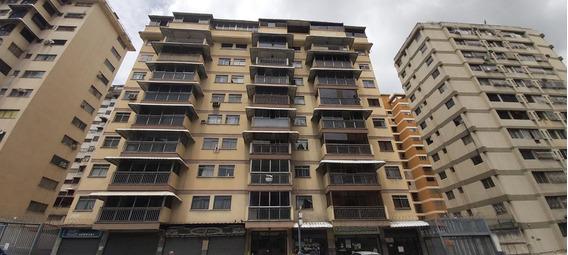 Apartamentos En Alquiler Santa Monica 20-21461 Rah Samanes