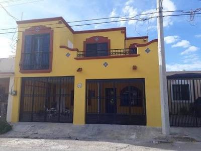 Hermosa Casa En Fraccionamiento Lindavista