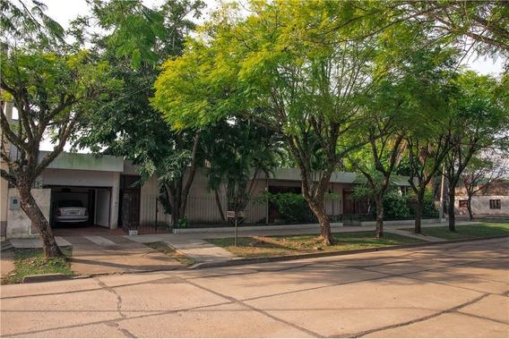 Se Vende Importante Casa En Avellaneda