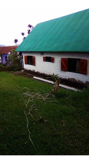 Casa En Venta, Urb. El Refugio, San Antonio De Los Altos