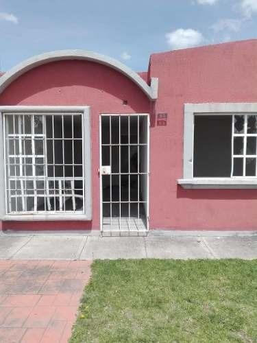 Amplia Casa Sola En Las Plazas Zumpango