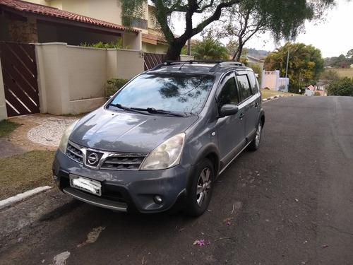 Imagem 1 de 5 de Nissan Livina 2013 1.8 Sl Flex Aut. 5p