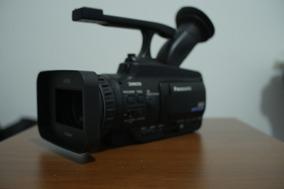 Câmera Panasonic Hmc-40
