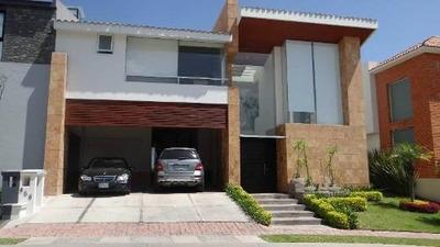 Residencia En Venta En Exclusivo Fracc. La Vista Country Club. Puebla, Pue.