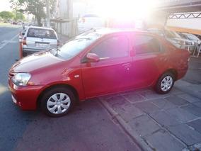 Toyota Etios Sedán 2016 / 1.5 X 16v
