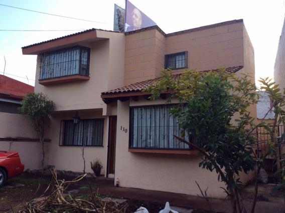 Casa En Rentao Venta Centrica Y Segura Frente A Parque
