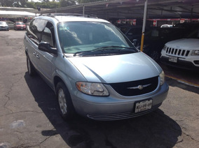 Chrysler Town & Country 2003 5p Aut Lx