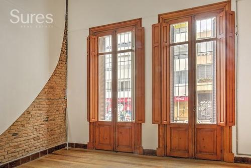 Oficinas Venta Parque Rodó Montevideo Casona Reciclada 100% Ideal Para Empresa O Local