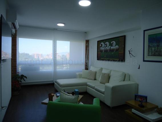 Apartamento En Venta Oripoto/ Código 20-8607/ Marilus G.