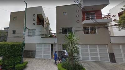 Casa En Portales , En Remate