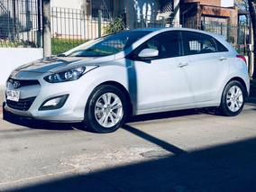 Hyundai I30 1.6gl (posible Permuta Por Menor Valor )