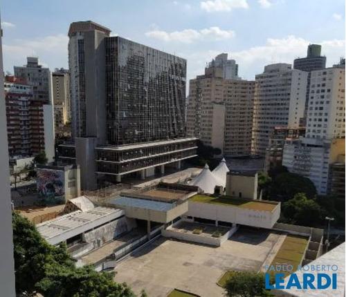 Imagem 1 de 12 de Apartamento - Centro - Sp - 602083