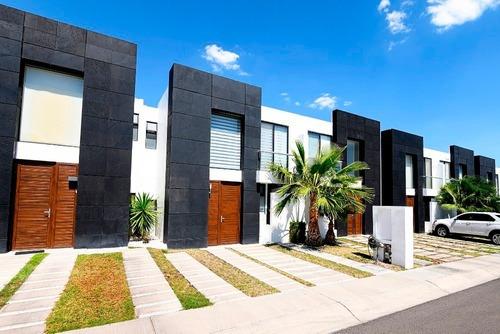 Casa En Venta - Juriquilla - C1488