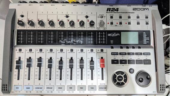 Gravador Digital Zoom R24, Interfase/controlador/mesa