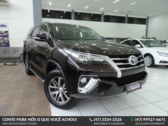 Toyota Hilux Sw4 Srx 2.8 4x4 Aut.