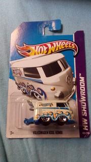 Hot Wheels Volkswagen Cool Kombi - Branca