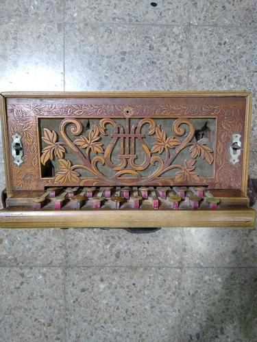 Instrumento Musical Antiguo (verdulera)