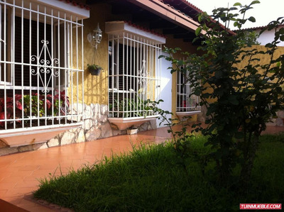 Quinta En Venta Código 18-5792 A G Rent A House La Boyera