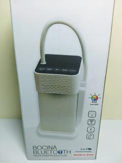 Bocina - Linterna Con Luz Led Bluetooth 5w Inalámbrica