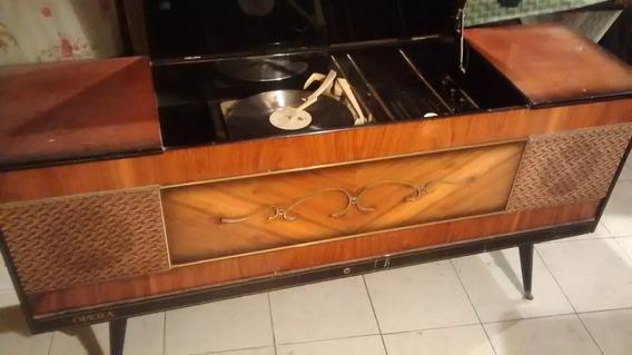 Consola Tocadiscos Antigua Vintage Imperial Opera Mueble
