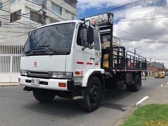 Estacas Nissan Ud Truck Diesel