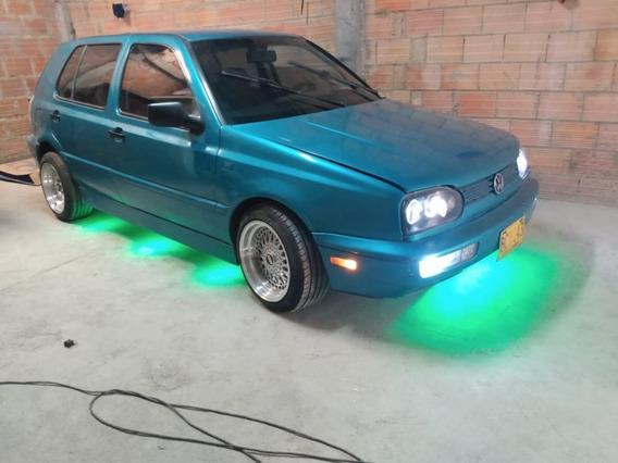 Volkswagen Golf Vendo Carro Con Rines De Lujos Llantas Nueva