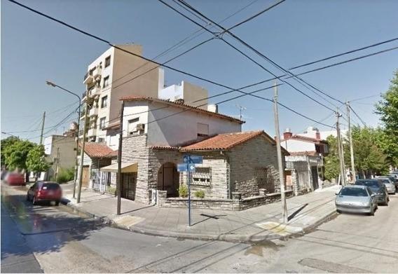 Casa En Alquiler Comercial - Necochea 700 Ramos Mejía