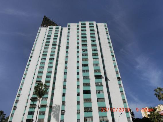 Apartamento En Venta, El Valle, Caracas, Cod Mls 19-18497