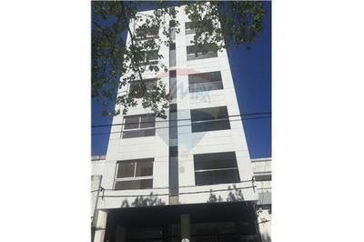 La Plata, Departamento, 2 Dormitorios Con Cochera