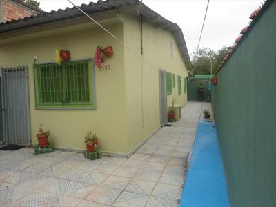 Casa Na Praia Com 2 Dorms - Financie Com Bancos