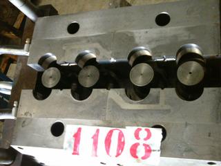 Molde De Injeção Plastica De Produtos Hidráulicos 1108