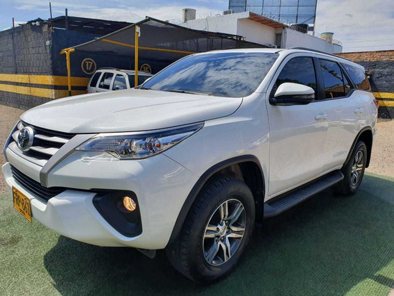 Toyota Fortuner Sw4 4x2 At 2019